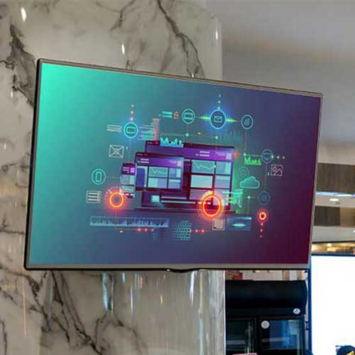 Digital Signage in electronics store